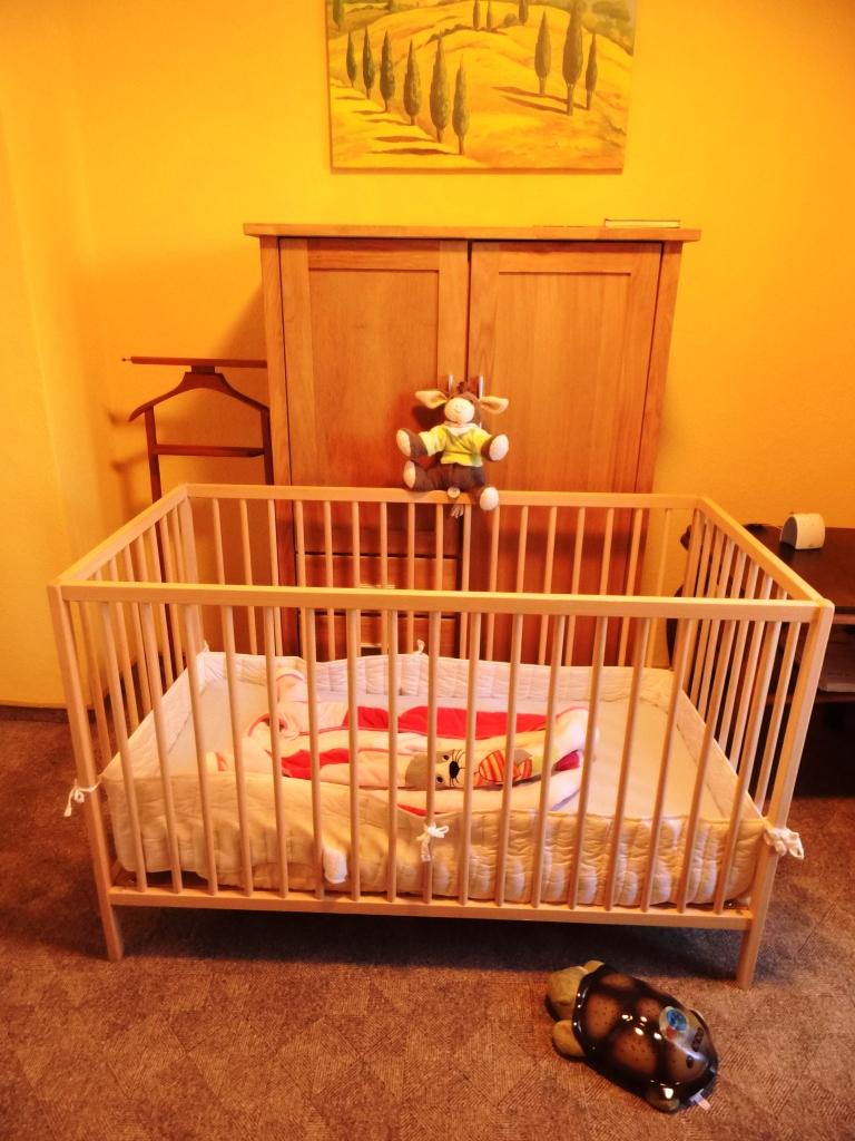Kinderbett im Schlafzimmer