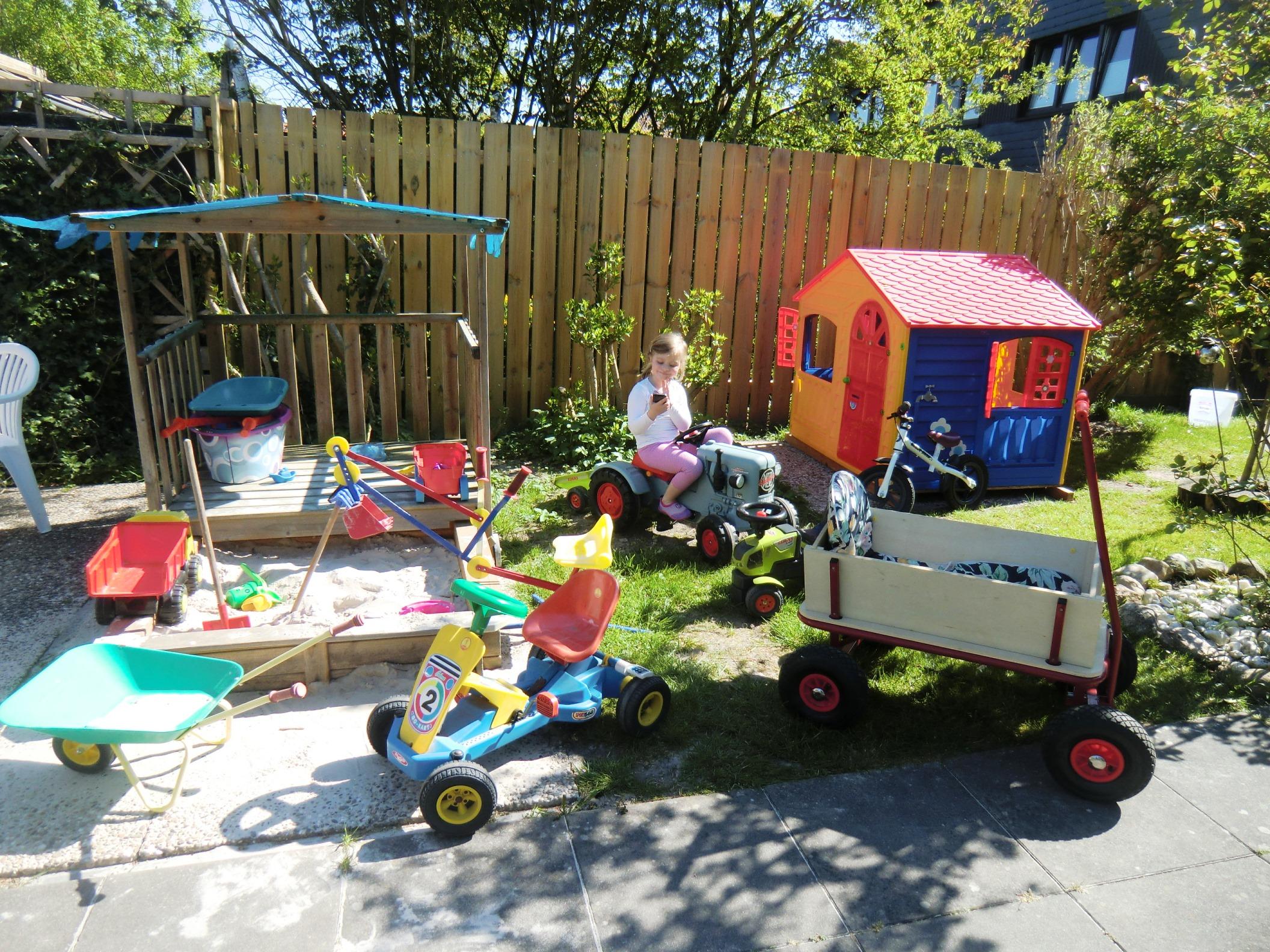 Kinderecke im Garten